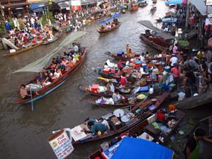 Amphawa Floating Market Samut Songkhram Thailand