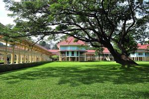 Phra Ratchaniwet Mrigadayavan Palace Cha-Am Phetchaburi Thailand