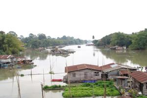 Sakae Krang River Uthai Thani Thailand