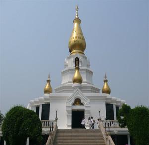 Phra Sutham Chedi, Wat Aranyabanphot Nong Khai Thailand